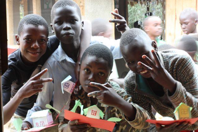 Geflüchtete errichten ihre eigene Universität in Uganda – Teil 2