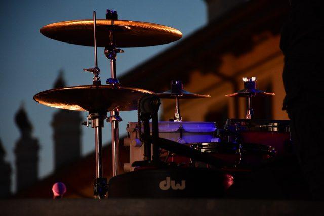 10 Musiker*innen, die ihr kennen müsst