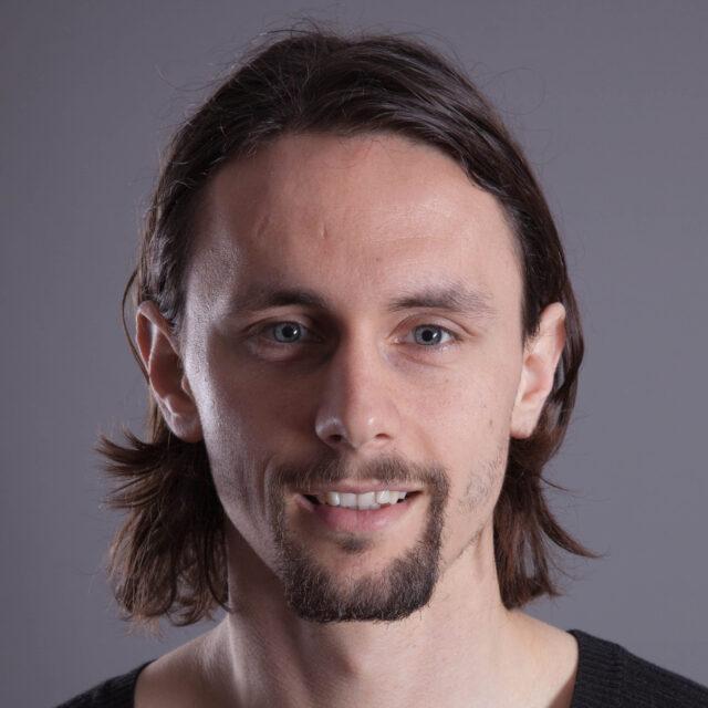 Jugendbotschafter Marcel Kurzawiak im Gespräch mit Neven Subotic