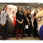 Les équipes  de ONE apportent une poupée russe géante au Parlement européen à Bruxelles dans le cadre d'un débat sur les sociétés fantômes et pour soutenir une nouvelle directive anti-blanchiment d'argent.