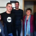 Les jeunes Ambassadeurs avec Chantal Guittet, députée PS du Finistère
