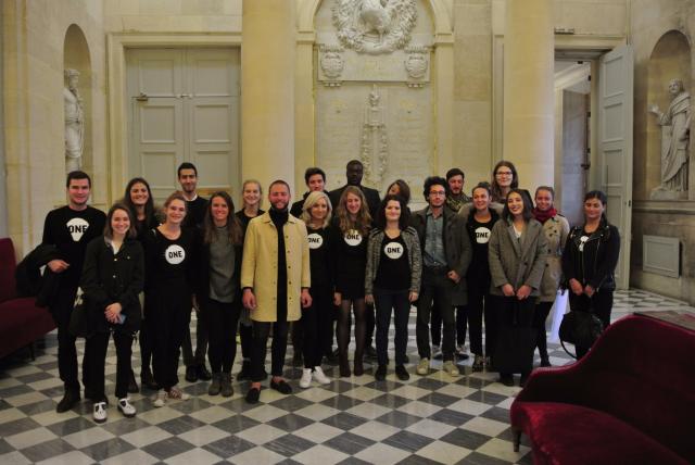 Présidentielles 2017 – Les jeunes Ambassadeurs de ONE à la rencontre des candidats