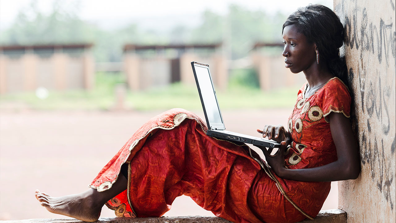 Why connecting everyone to the internet could help end extreme poverty