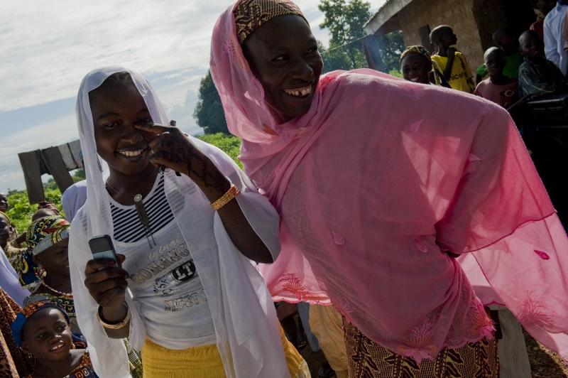 Women of Takalafiya-Lapai village (Niger State) are beneficiaries of Nigeria's Fadama II project. (Photo: Arne Hoel)