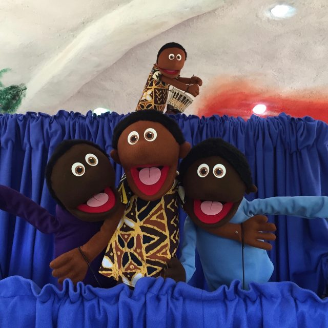 This is how puppets are promoting social change in Kenya