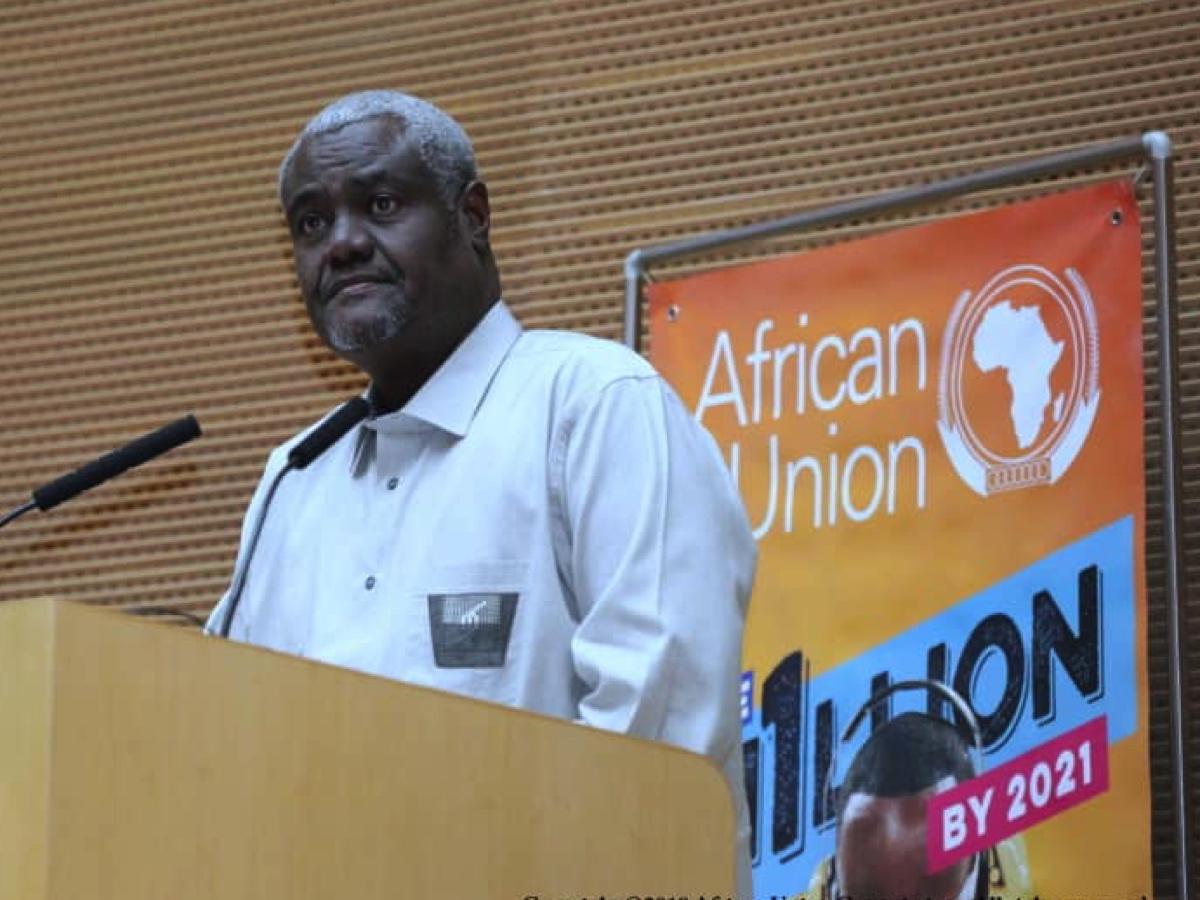 AU Commission Chairperson, Moussa Faki Mahamat, unveils the '1 million by 2021 Initiative'. ©️ AU Commission