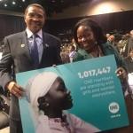 President Jakaya Kikwete, Tanzania, met de ONE Afrika Directrice Dr. Sipho Moyo. Foto: ONE