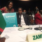 President Edgar Lungu, Zambia, met de ONE Afrika Directrice Dr. Sipho Moyo. Foto: ONE