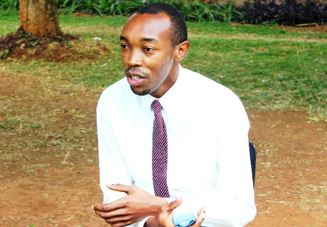 Samuel helpt om de vrede te bewaren in Kenia