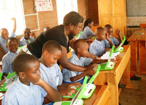 This tablet is transforming Zambian classrooms in a powerful way